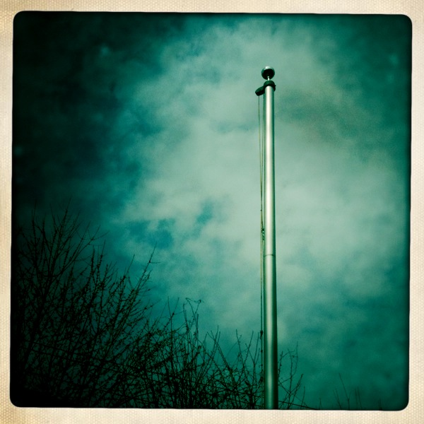 an empty flagpole