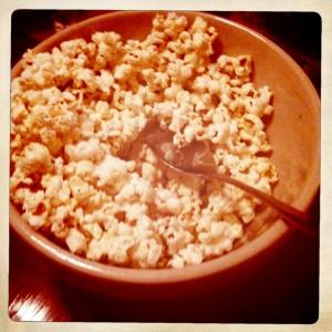 bowl of popforn